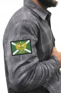 Мужская теплая рубашка с вышитым шевроном Таможни России - купить в розницу