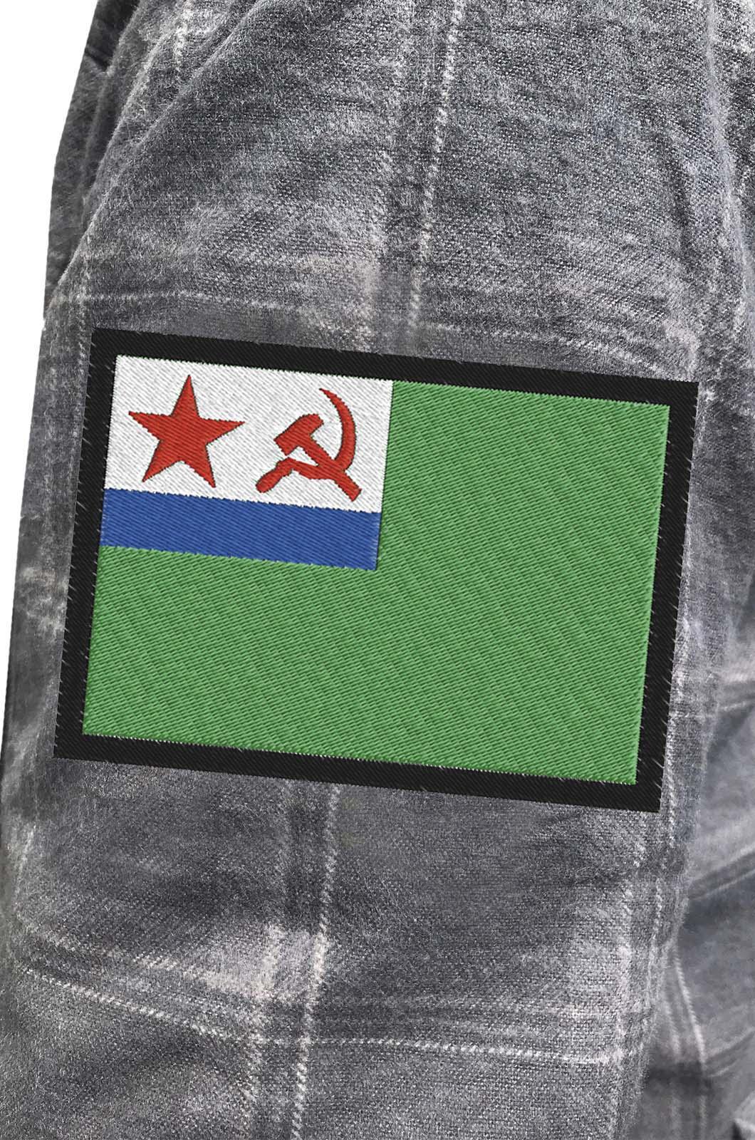 Мужская утепленная рубашка с вышитым шевроном МЧПВ СССР - заказать в розницу