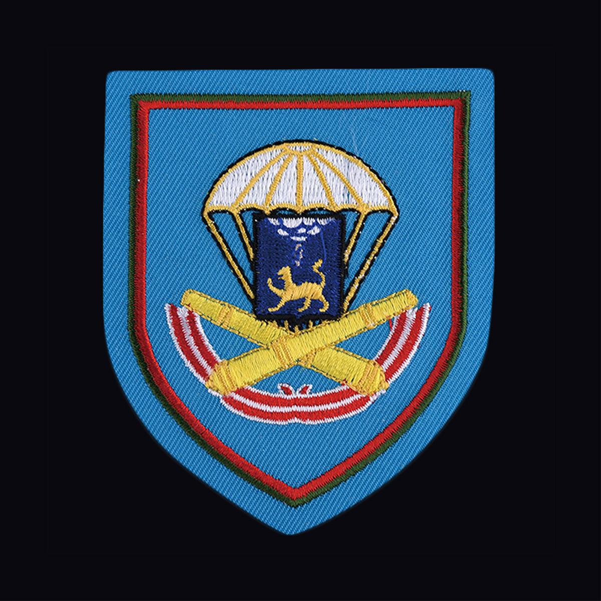 Мужская военная футболка с вышитым знаком ВДВ 1140 Артполк 76-й гв. ДШД - купить онлайн