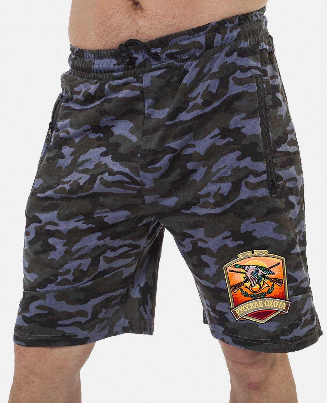 Купить мужские камуфляжные шорты с нашивкой Русская Охота с доставкой в любой город