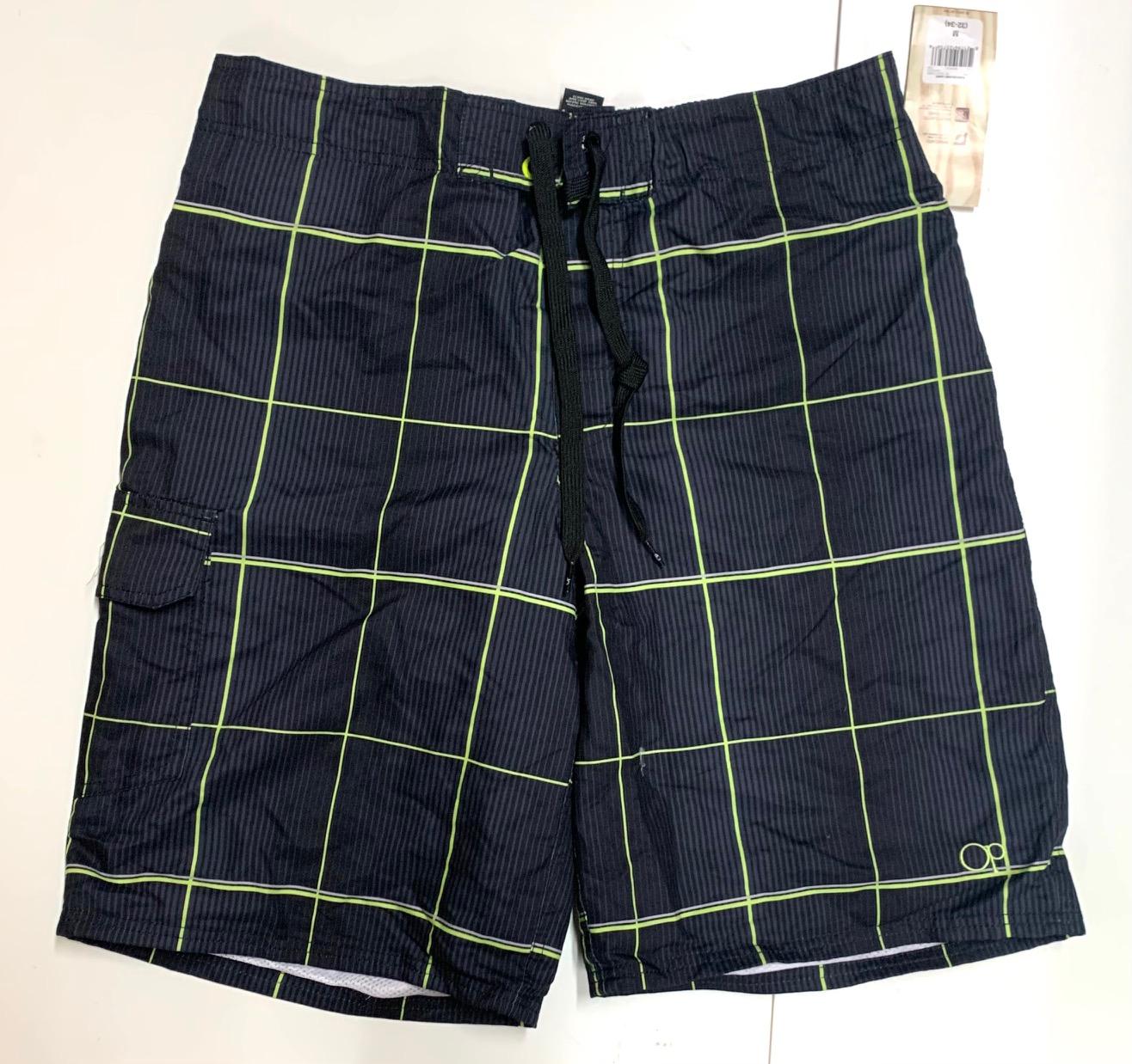 Мужские шорты для отпуска от бренда OP в клетку