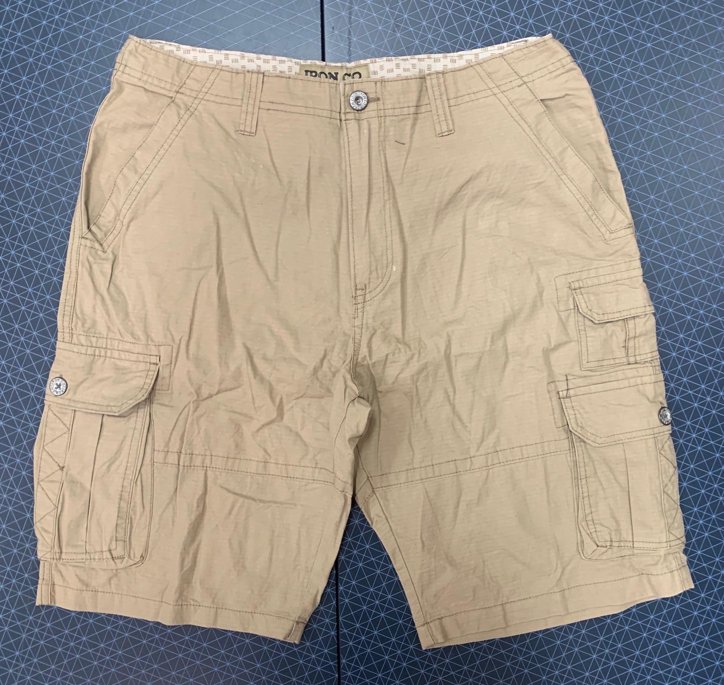Мужские шорты светлого оттенка IRON CO.