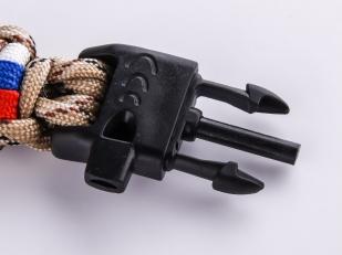 Мужской браслет из шнурков со свистком