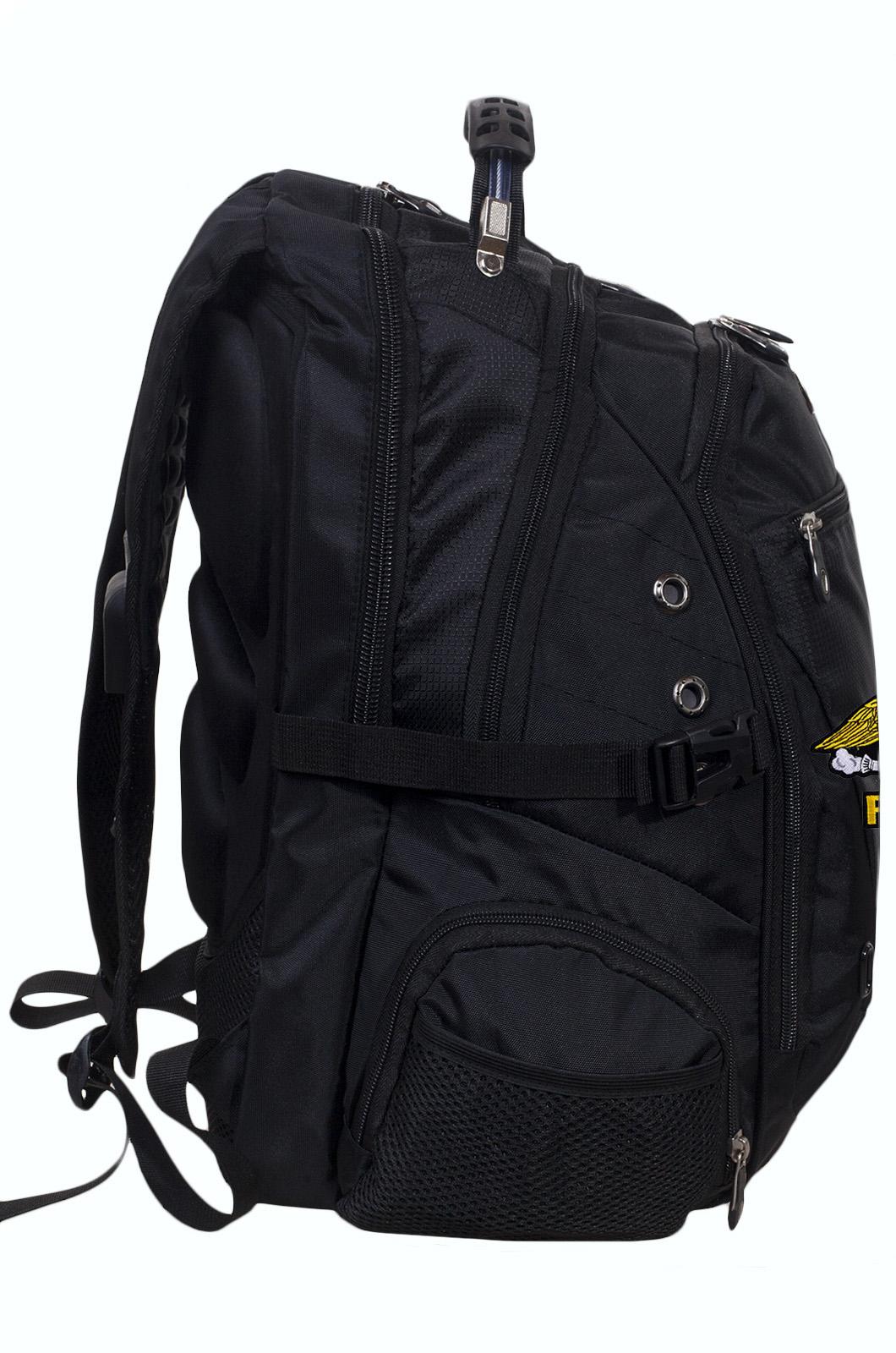 Мужской черный рюкзак для города с нашивкой РХБЗ купить в подарок