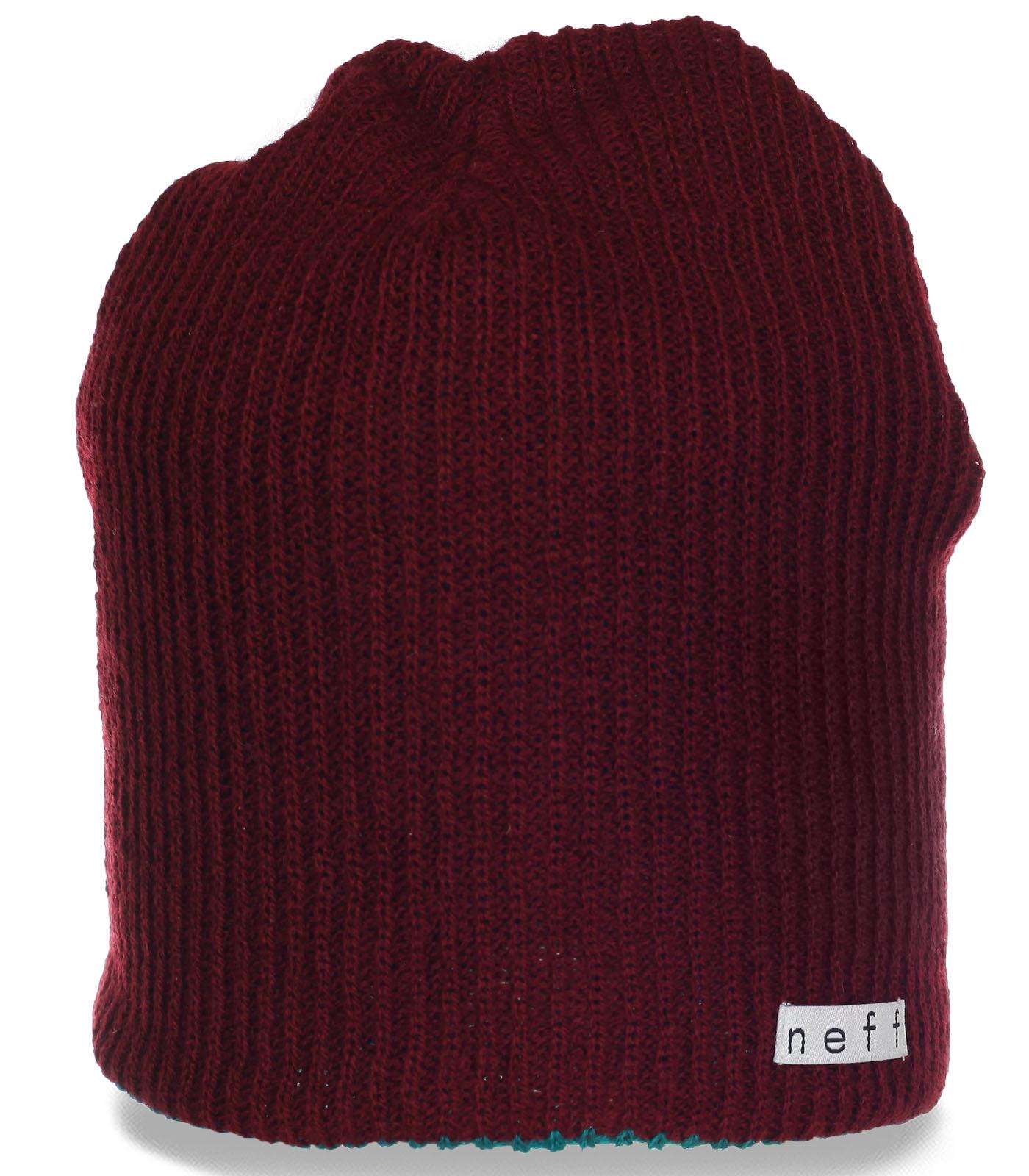 Мягкая женская шапочка Neff. Удобная и теплая модель на каждый день