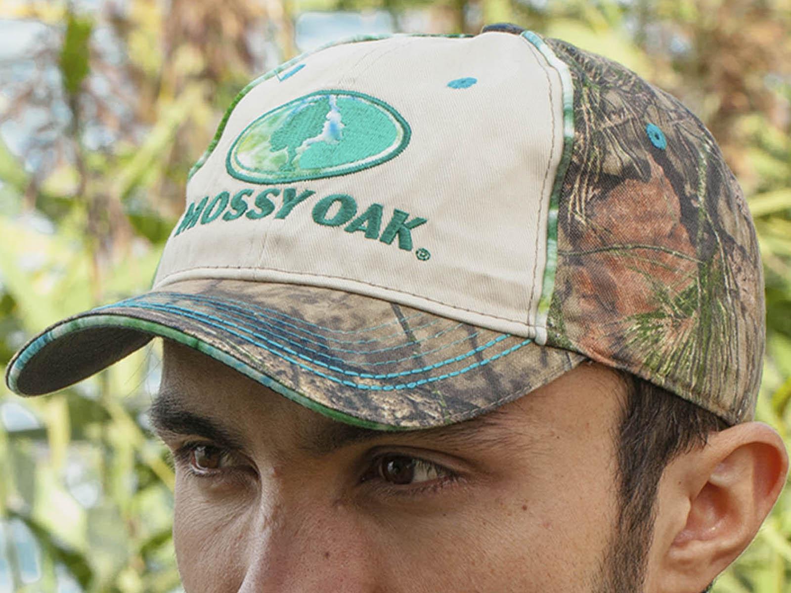 Шедевр стиля и камуфляжа – мужская бейсболка Mossy Oak.