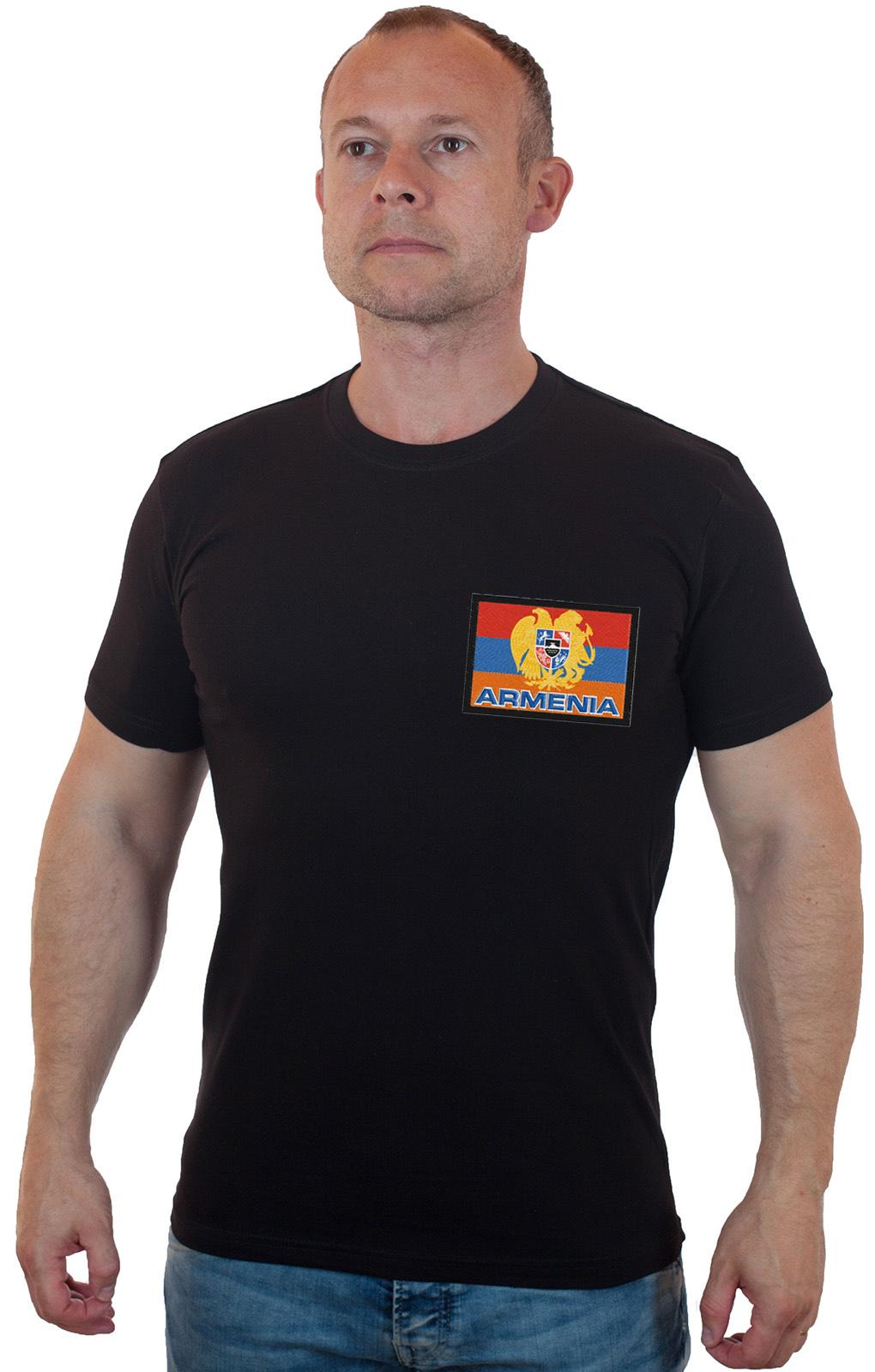 Мужская черная футболка с флагом Армении