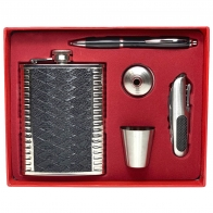 Набор-подарок: фляжка с рюмкой, воронкой, мультитулом и ручкой