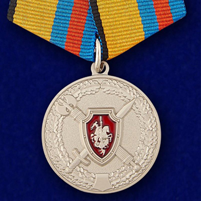 """Медаль """"За заслуги в обеспечении законности и правопорядка"""""""