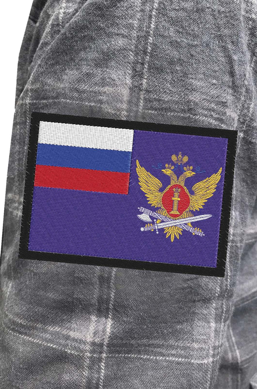 Надежная рубашка с вышитым шевроном ФСИН - купить в подарок