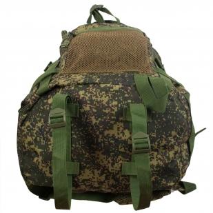 Надежный камуфлированный рюкзак с нашивкой НИ ПУХА, НИ ПЕРА! - купить по низкой цене