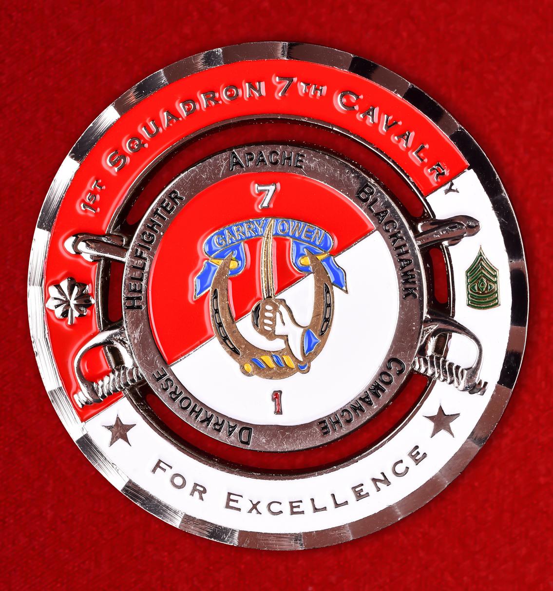 """Награда армии США """"За отличную службу в Ираке"""" 1-го эскадрона 7-го кавалерийского полка"""