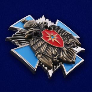 Наградной крест МЧС России в оригинальном футляре из флока - общий вид