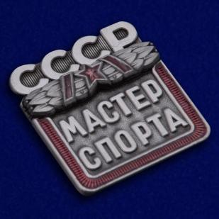 Наградной знак Мастер спорта СССР - общий вид