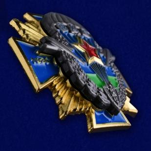 """Нагрудный крест ВДВ """"1930 - 2015"""" в бархатистом футляре бордового цвета - общий вид"""