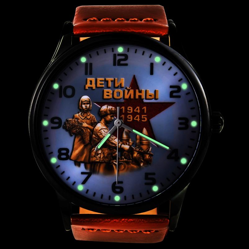 Наручные часы «Дети войны» к юбилею Победы - светятся в темноте