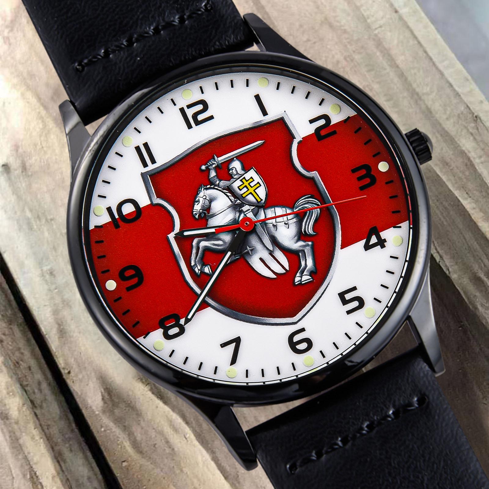 Наручные часы с бело-красно-белым флагом Беларуси