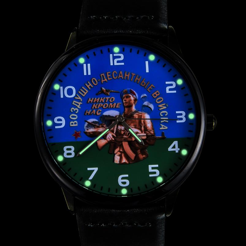 Наручные часы «ВДВ» с подсветкой