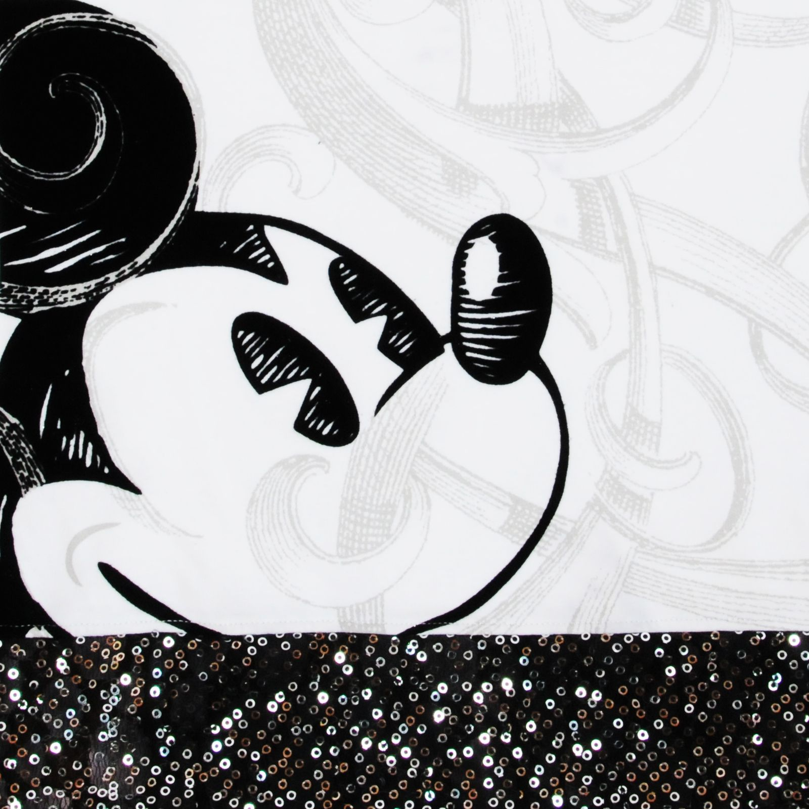 Нарядная футболка от Disney - принт