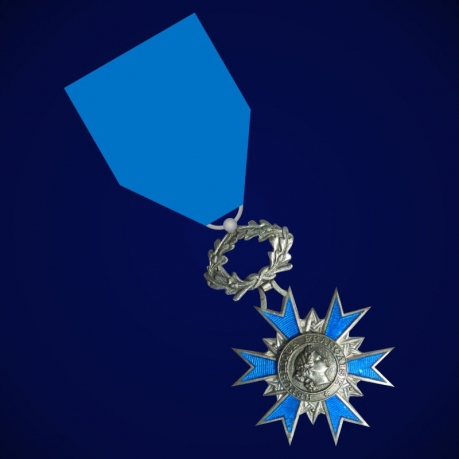 "Национальный орден Франции ""За заслуги"""