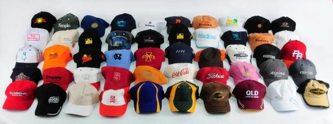 Недорогие кепки для яркого повседневного стиля
