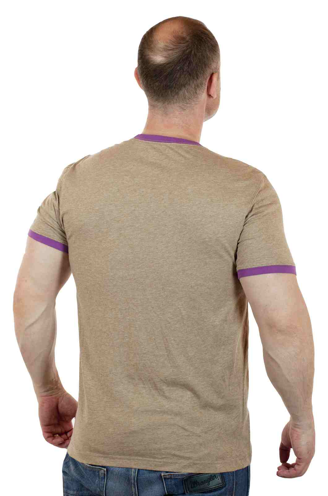 Нейтральная футболка от американского бренда Express