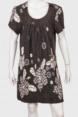 Нежное цветочное платье с пышным рукавом