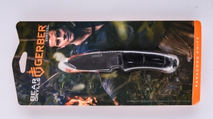 Нож Gerber Bear Grylls Survival Paracord Knife - упаковка блистер