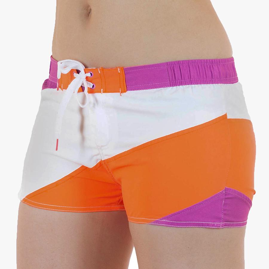 Спортивные секси шортики на лето.  Укороченная, практически неощутимая на бёдрах модель от бренда 4F. Роскошно смотрятся с купальником или топом. №И21