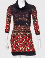 Облегающие женское платье с интересными пуговицами на поясе от Red Tag