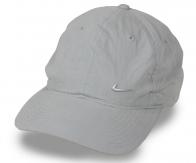 Серая универсальная кепка для лета. Фабричное качество, классический фасон, гипоаллергенный хлопок. Когда нужна практичная и недорогая защита головы от солнца – не до гламура и прочих изысков!