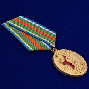 Общественная медаль Воинское братство - общий вид