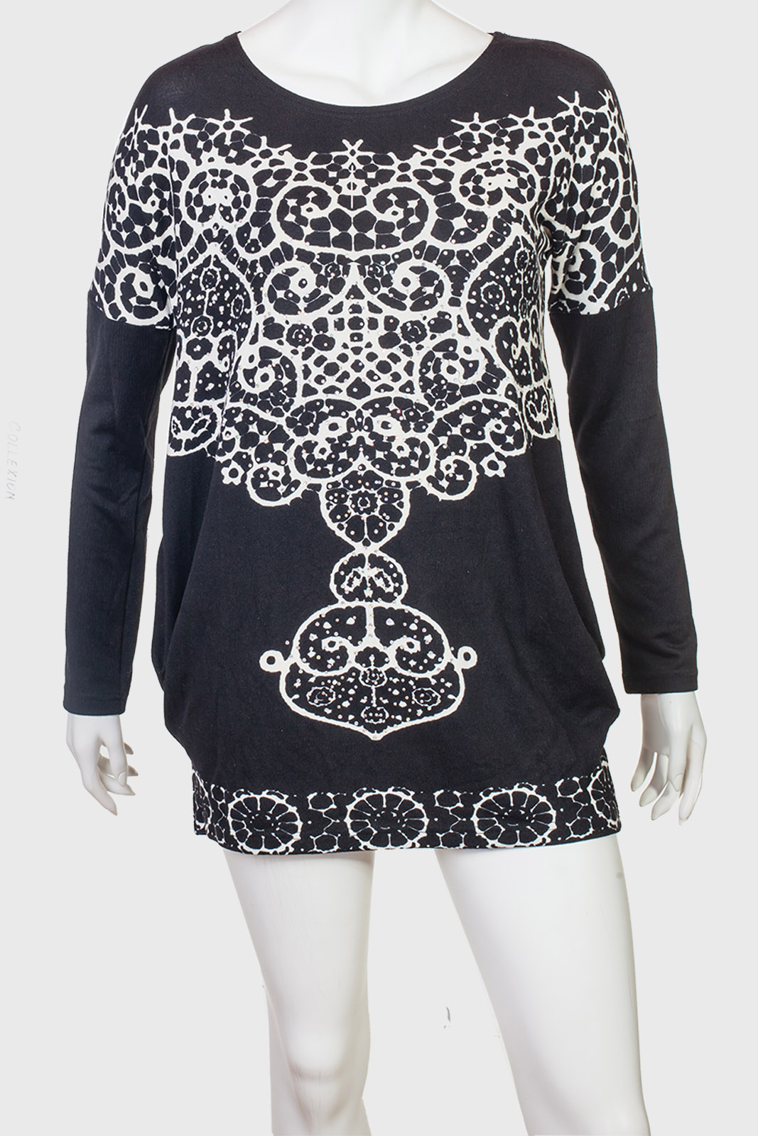 Очаровательное платье-туника с контрастным принтом от COLLEXION