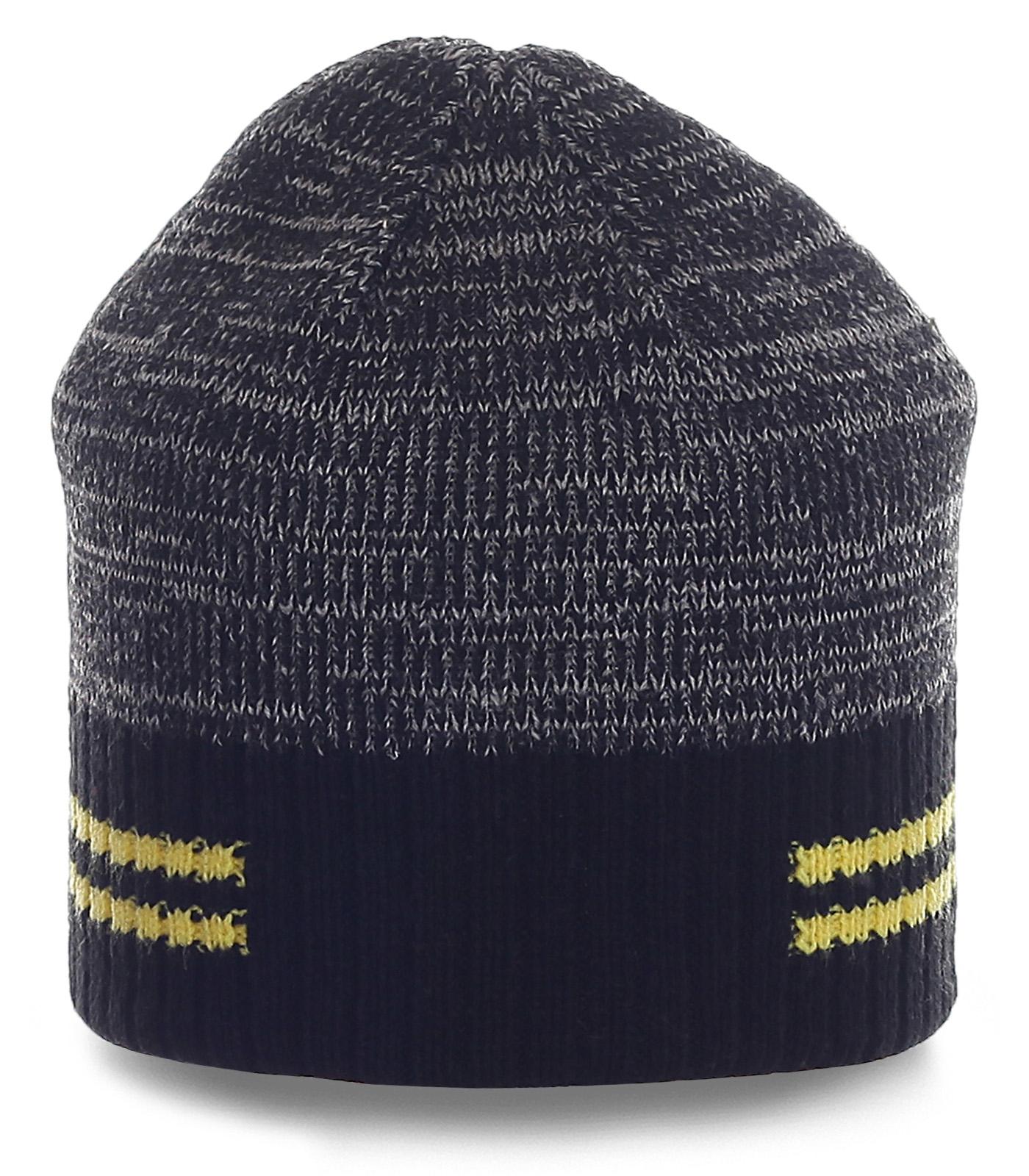 ОЧЕНЬ удобная мужская шапка с полосками. Спортивная модель для активных парней