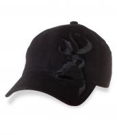 Однотонная черная бейсболка с вышивкой.