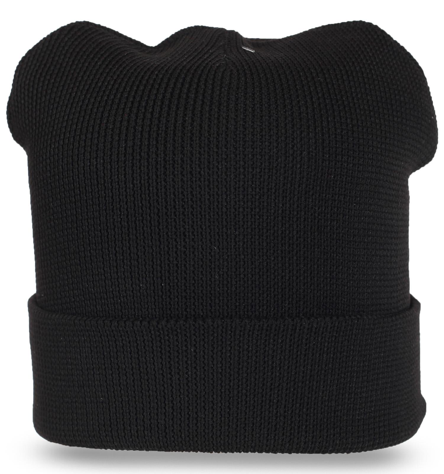 Однотонная черная шапка с подворотом