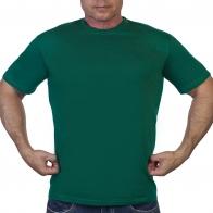 Однотонная зеленая футболка
