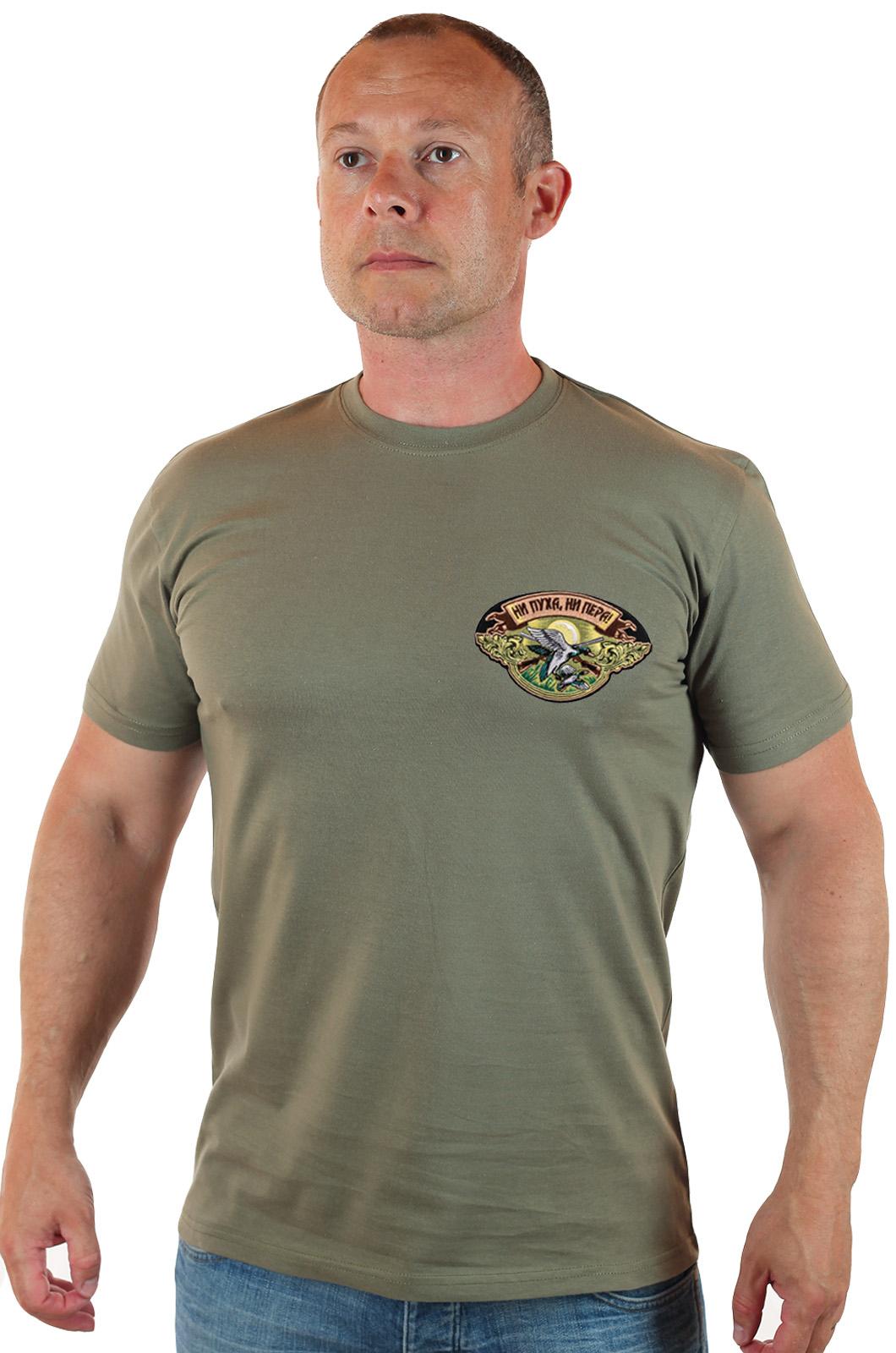 Купить на подарок охотнику футболку «Ни пуха, ни пера»