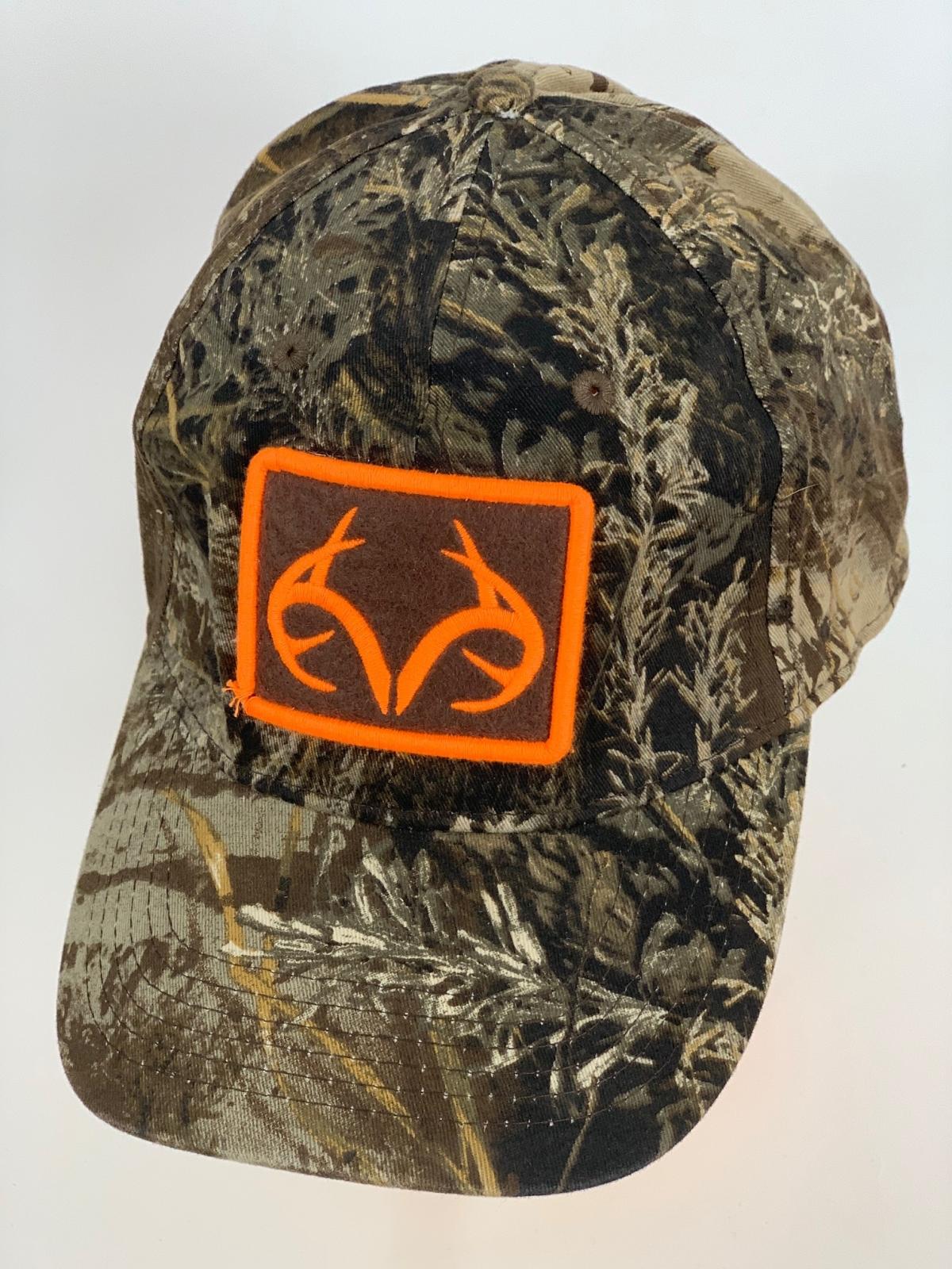 Охотничья бейсболка камуфляж Realtree с оранжевой вышивкой