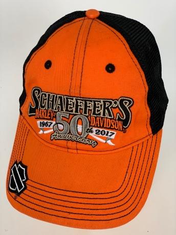 Оранжевая бейсболка Harley-Davidson с черной сеткой и крупной вышивкой