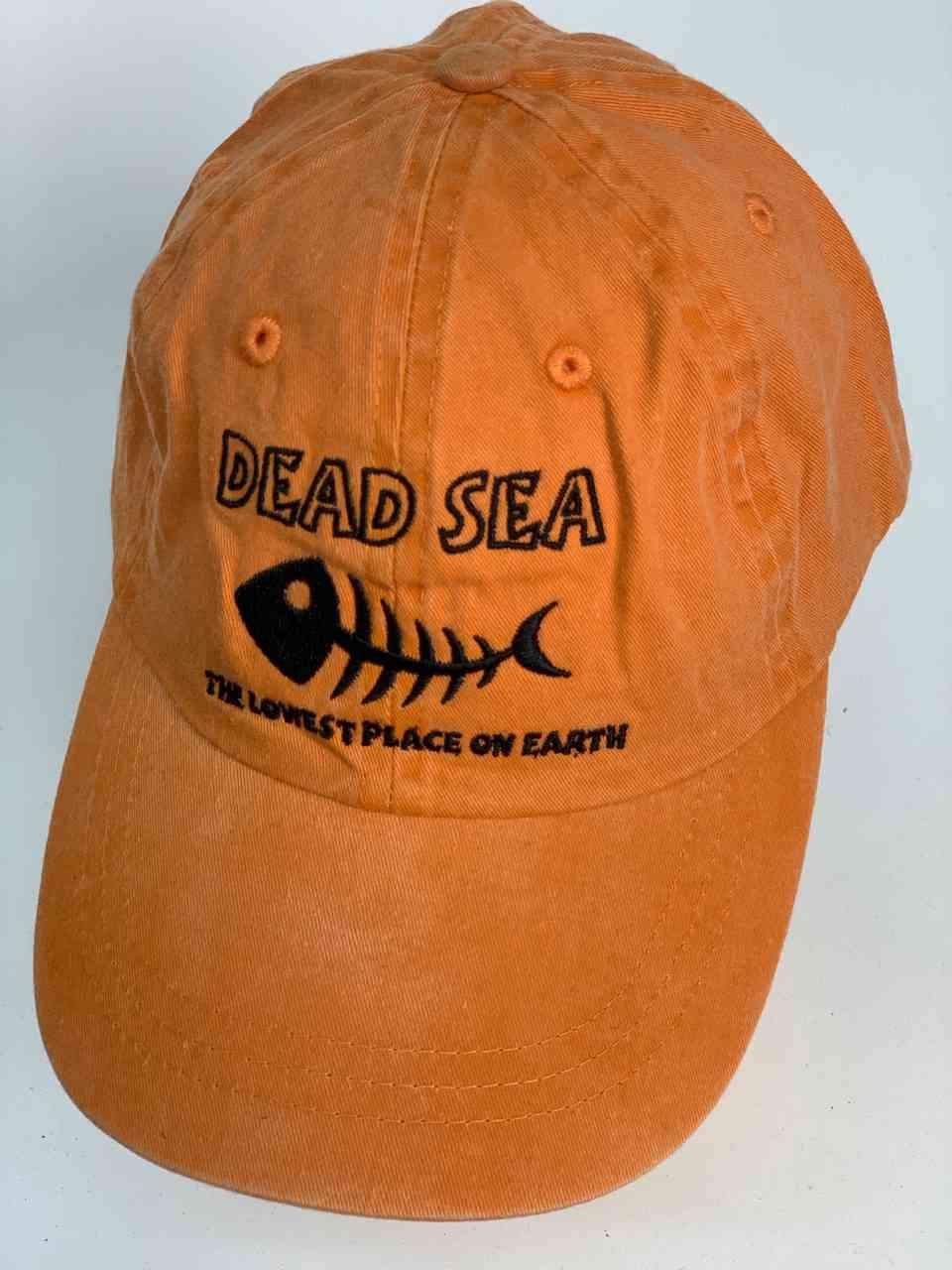 Оранжевая бейсболка с изображением скелета рыбы Dead Sea
