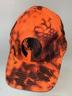 Оранжевая бейсболка с вышивкой оленя на тулье