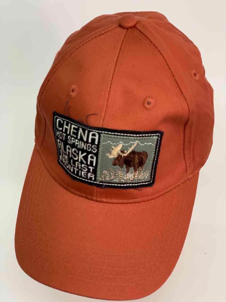 Оранжевая кепка Chеna Hot Springs Alaska
