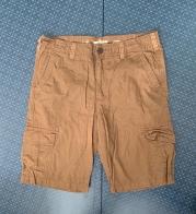 Оранжевые шорты фирмы URBAN