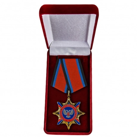 Орден ДНР в футляре