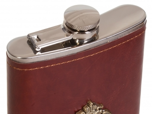 Оригинальная фляжка в кожаном чехле с накладкой Росгвардия - купить в Военпро