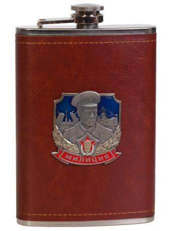 Оригинальная фляжка в коже с накладкой Милиция