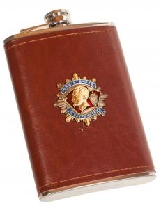 Оригинальная мужская фляжка в чехле с накладкой ФСБ - купить в подарок