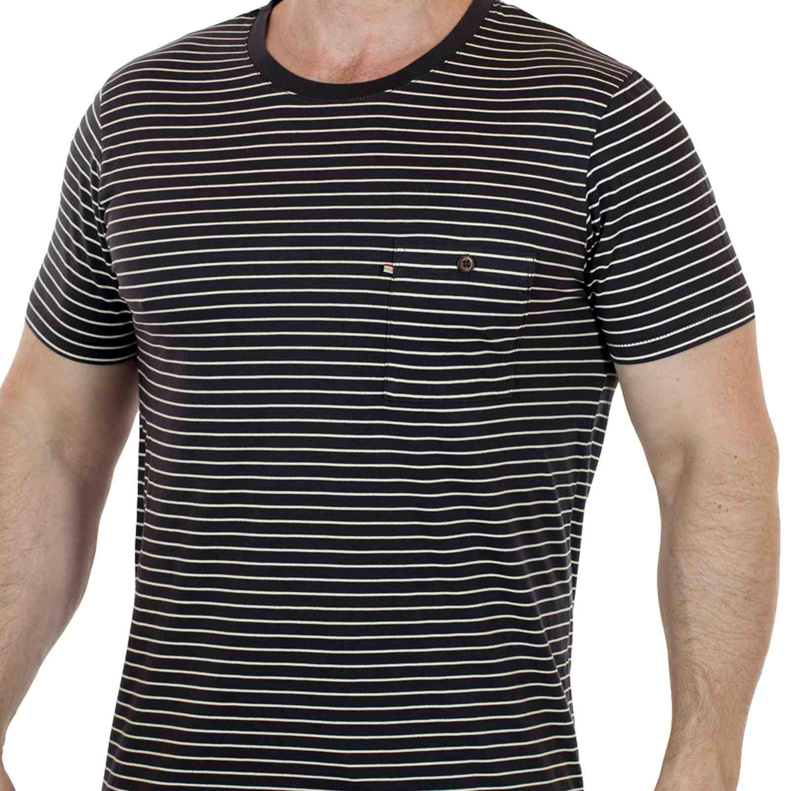 Оригинальная мужская футболка из США от Academy-главная