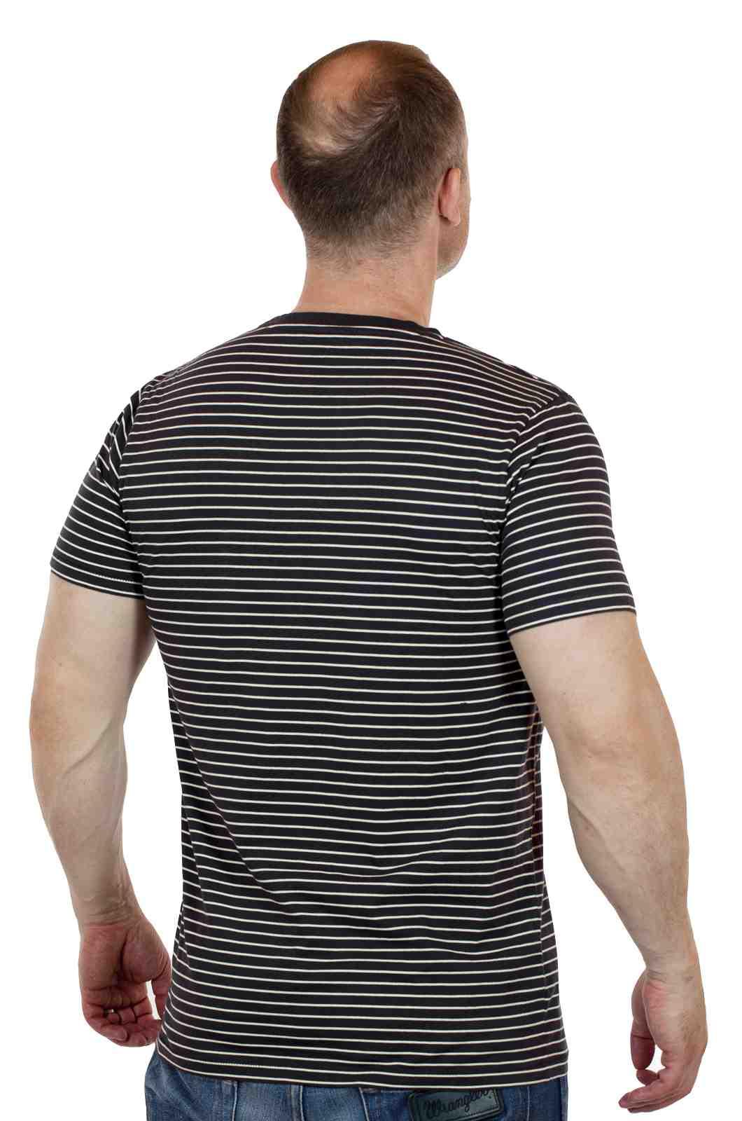 Оригинальная мужская футболка из США от Academy-сзади